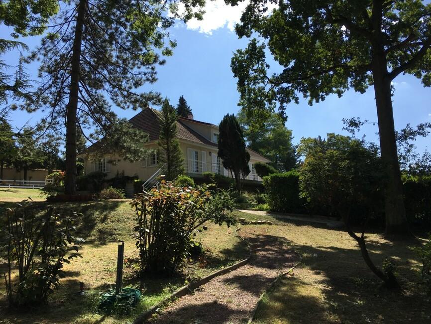Vente Maison 8 pièces 265m² Chaumontel (95) - photo